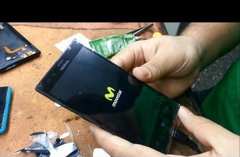 Oprava telefonu Praha Nokia Lumia 900